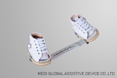 Clubfoot Shoe with Denis Browne Splint